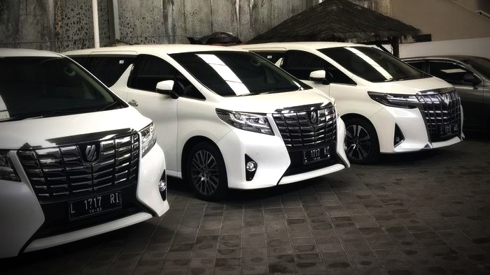 Paket Wisata Kota Solo Rental Mobil Solo